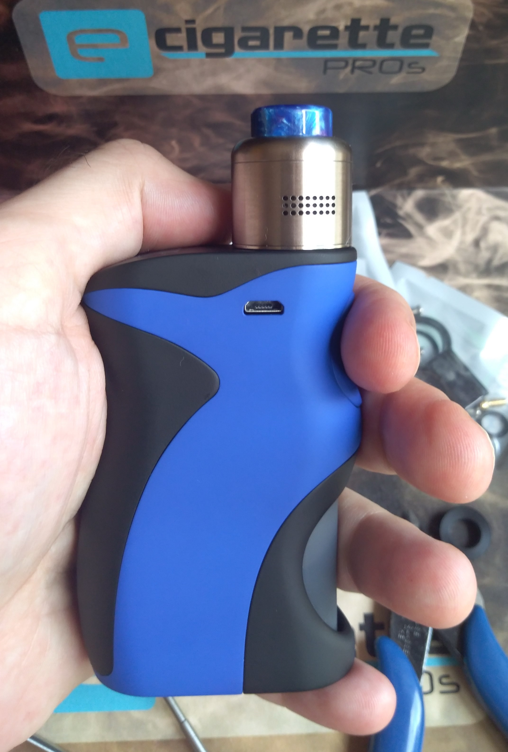 Wotofo Warrior BF RDA AF holes and blue DT matchy look